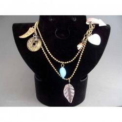 Colier bijuterie auriu cu inimioara si ornamente