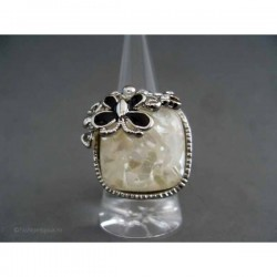 Inel bijuterie patrat cu cristale si scoici
